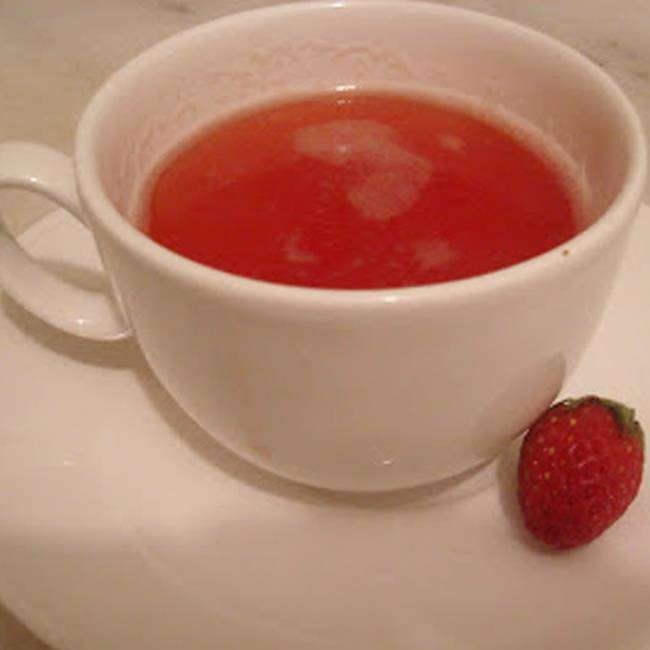 Como-Preparar-Chá-de-Morango-1 Como Preparar Chá de Morango