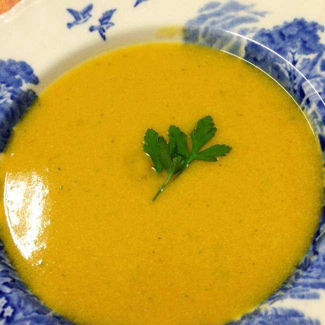 Sopa-Cremosa-de-Abóbora-com-Alho-Poró Sopa Cremosa de Abóbora com Alho Poró