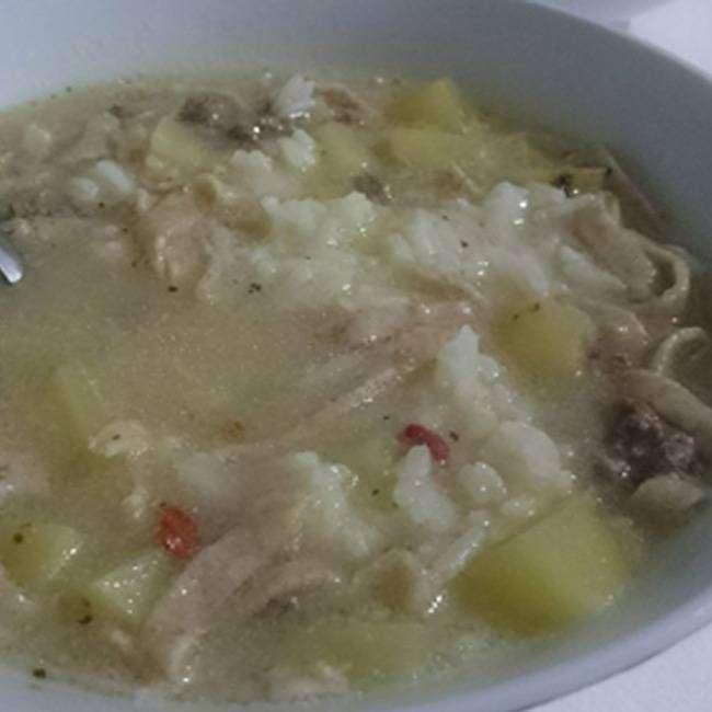 Sopa de Batata com Carne Moida