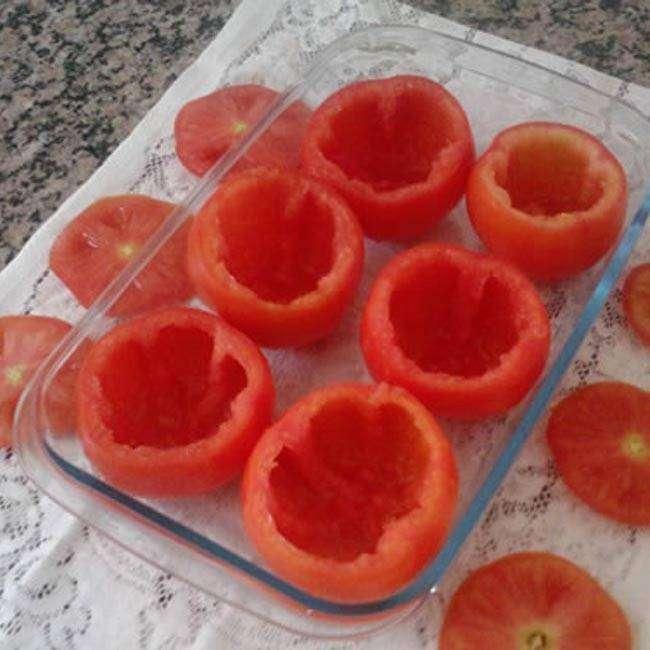 Tomate-Recheado-com-Frango1 Tomate Recheado com Frango