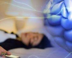 Você usa o celular antes de dormir? Então Leia Isso: