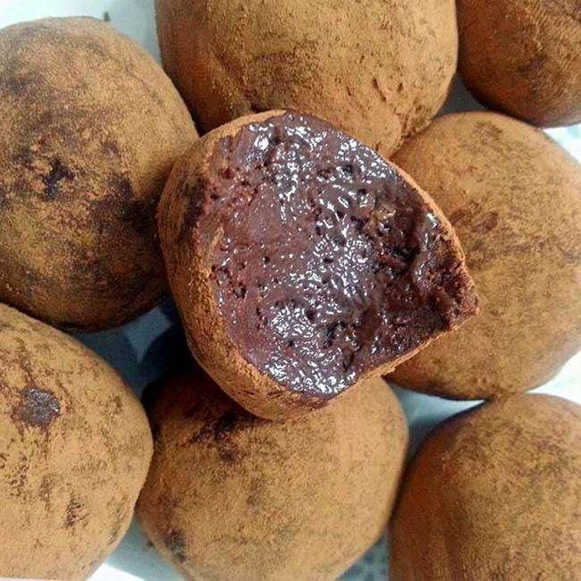 Trufa-de-Chocolate-com-3-Ingredientes 5 Receitas com 3 Ingredientes
