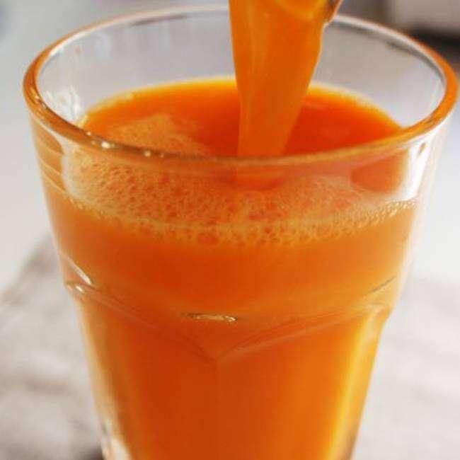 Suco-de-Laranja-com-Cenoura Suco de Laranja com Cenoura