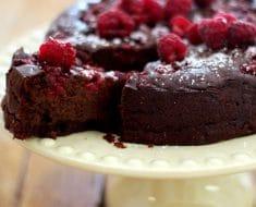 Bolo de Chocolate 2 Ingredientes / Sem Farinha