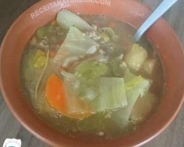 Como Fazer Sopa de Mandioca com Carne Moída