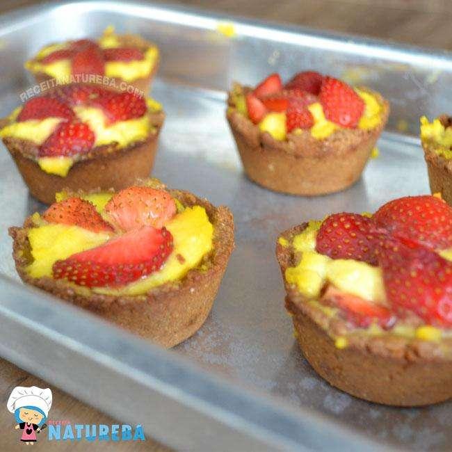 Torta-de-Morango-Fit-Com-Massa-Integral1 Torta de Morango Fit Com Massa Integral