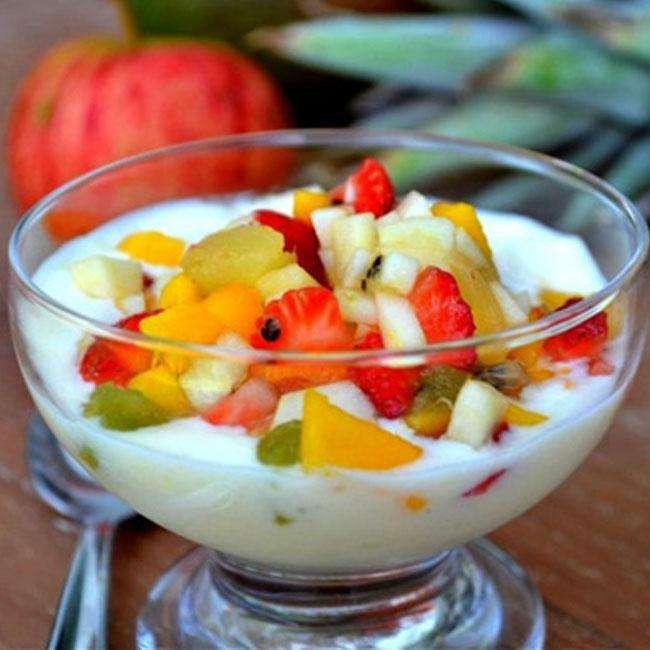 Salada-de-Frutas-com-Iogurte Salada de Frutas com Iogurte