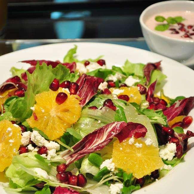 Salada-de-Roma-Com-Molho-de-Iogurte Salada de Romã Com Molho de Iogurte