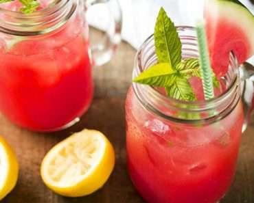 Suco de Melancia com Limão Para Desinchar
