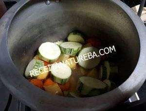 11 Sopa de Legumes na Panela de Pressão