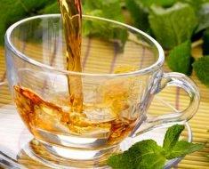 Chá de Moringa Emagrece?