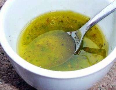 salad-dressings Salada com Molho de Iogurte