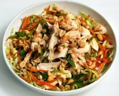 Salada Simples de Frango