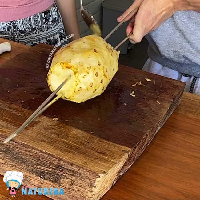 Como-Fazer-Abacaxi-na-Churrasqueira2 Como Fazer Abacaxi na Churrasqueira