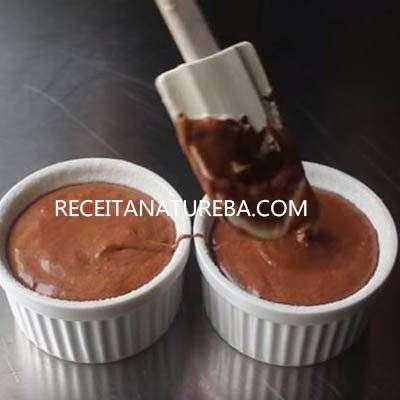 44 Suflê de Chocolate Low Carb