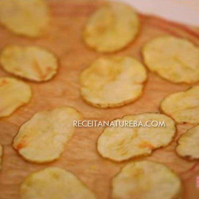 Chips-de-Batata-Doce-no-Microondas3 Chips de Batata Doce no Microondas