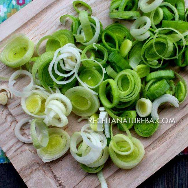 Salada-de-Alho-Poró1 Salada de Alho Poró