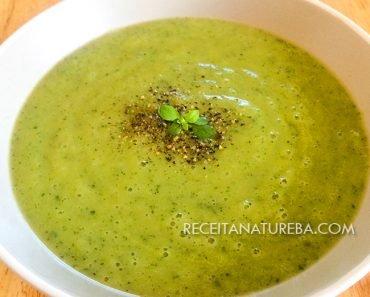 Sopa de Abobrinha com Frango