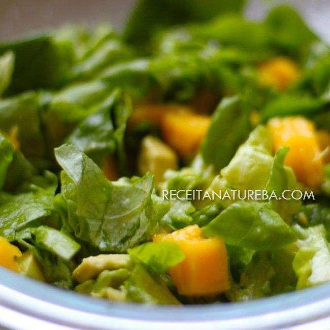 Salada-de-Manga-com-Alface Salada de Manga com Alface