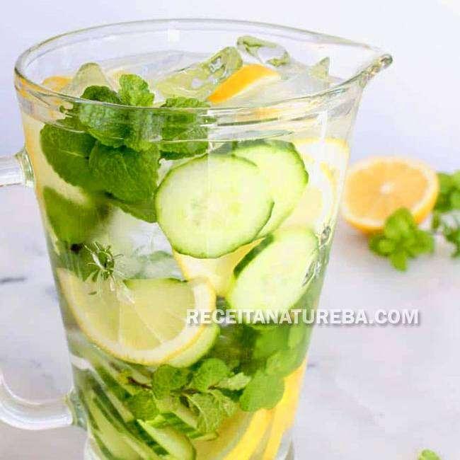 Água-Saborizada-com-Limão Água Saborizada com Limão