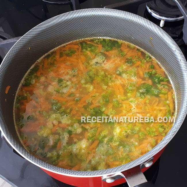 Arroz-com-Brócolis-e-Cenoura3 Arroz com Brócolis e Cenoura