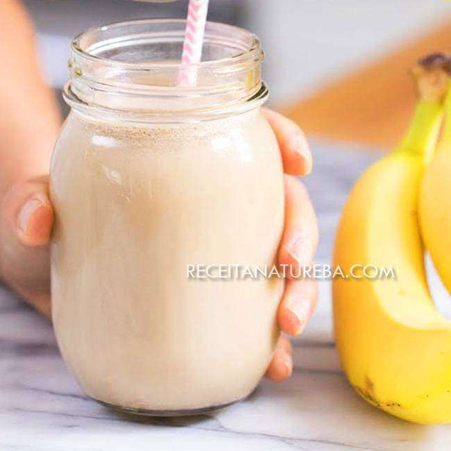 Batida-de-Banana-com-Leite Batida de Banana com Leite