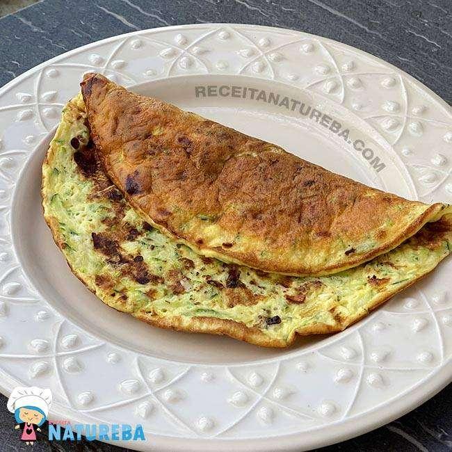 Omelete-de-Abobrinha Omelete de Abobrinha