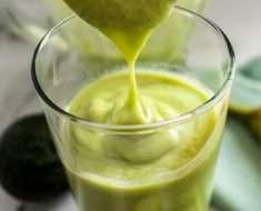 Vitamina de Abacate Sem Leite