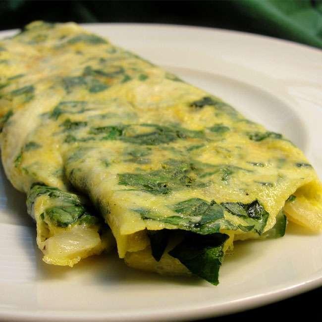 Omelete-de-Espinafre 27 Receitas para Emagrecer com Saúde