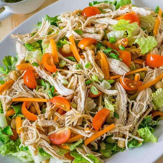 Salada-com-Frango-Desfiado 27 Receitas para Emagrecer com Saúde