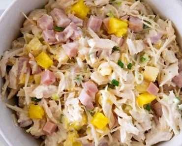 Salada de Frango com Abacaxi