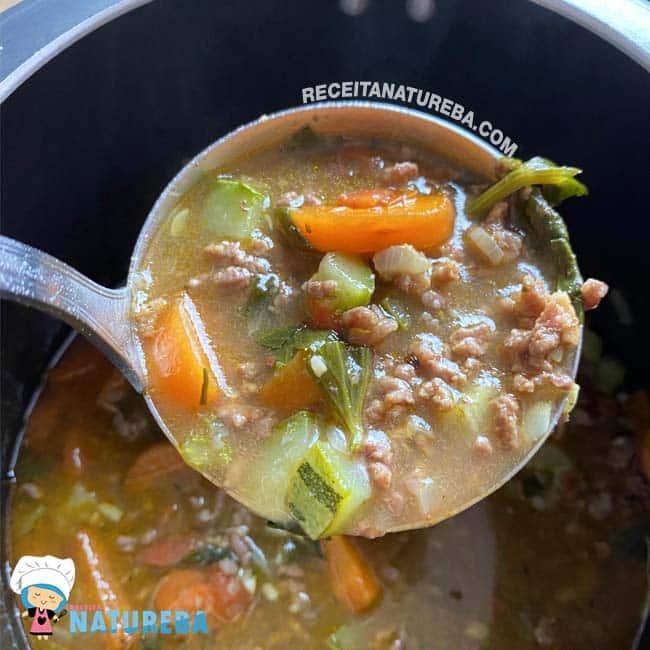 Sopa-de-Legumes-com-Carne-Moida1 Sopa de Legumes com Carne Moída